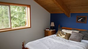 3 quartos, acesso à internet, roupa de cama