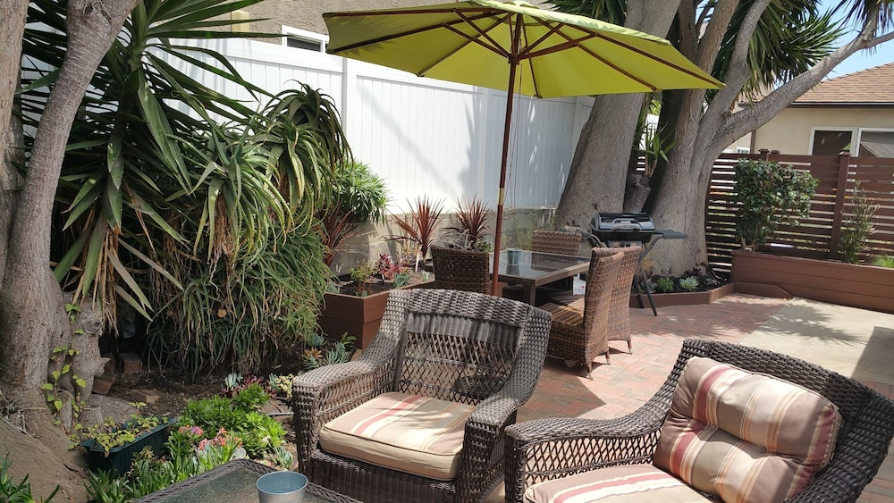 Terrace/Patio, Newly Remodeled Pacific Beach Cottage 2 Blocks From Beaches and La Jolla