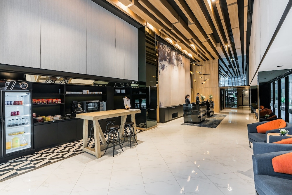 Business Center, The Key Premier Sukhumvit by Compass Hospitality
