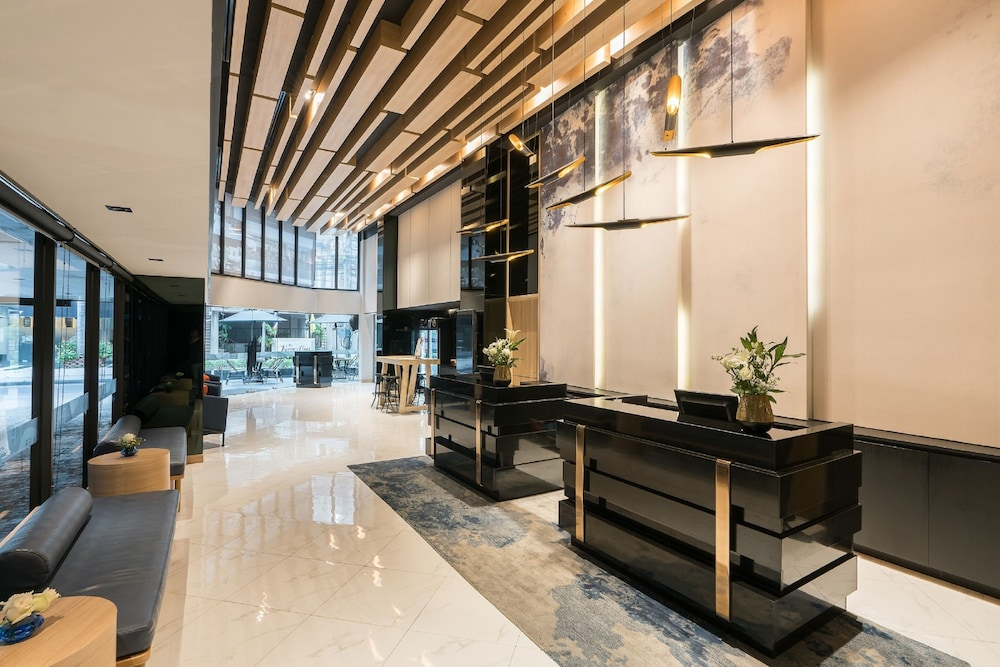 Lobby Sitting Area, The Key Premier Sukhumvit by Compass Hospitality