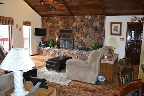 Great Place to stay View House 5 Bedrooms 3 Bathrooms Home near Angel Fire