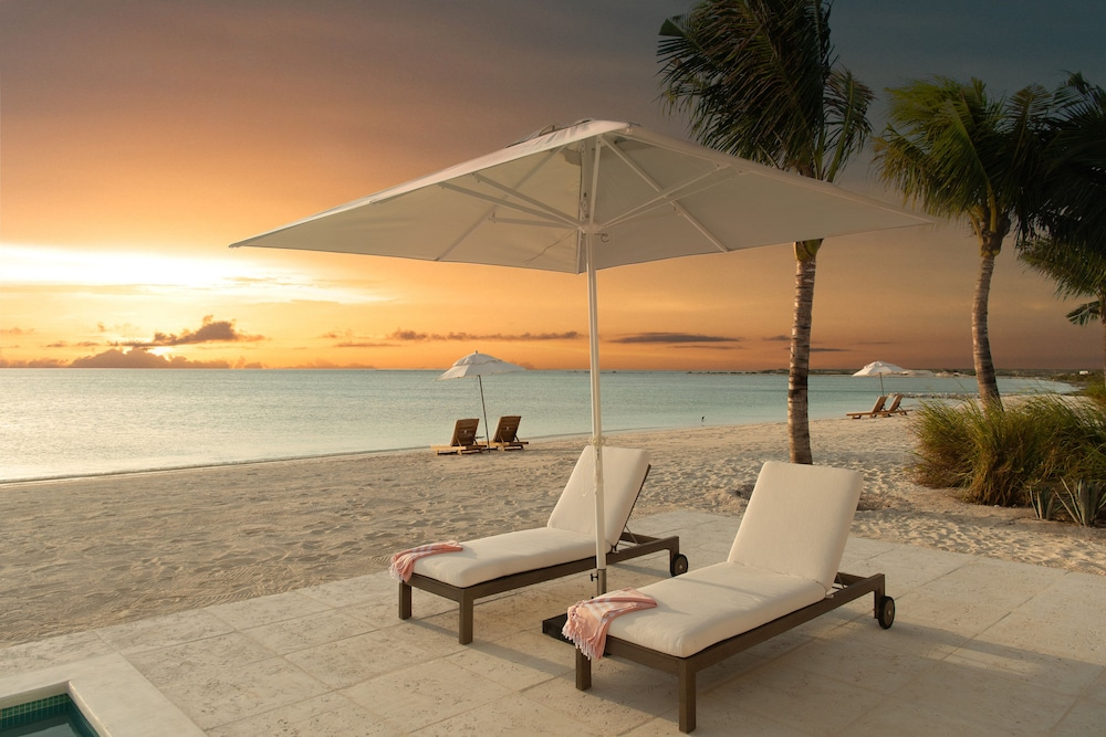 Beach/Ocean View, Ambergris Cay – ALL-INCLUSIVE, Private Island, Air Transfers Included