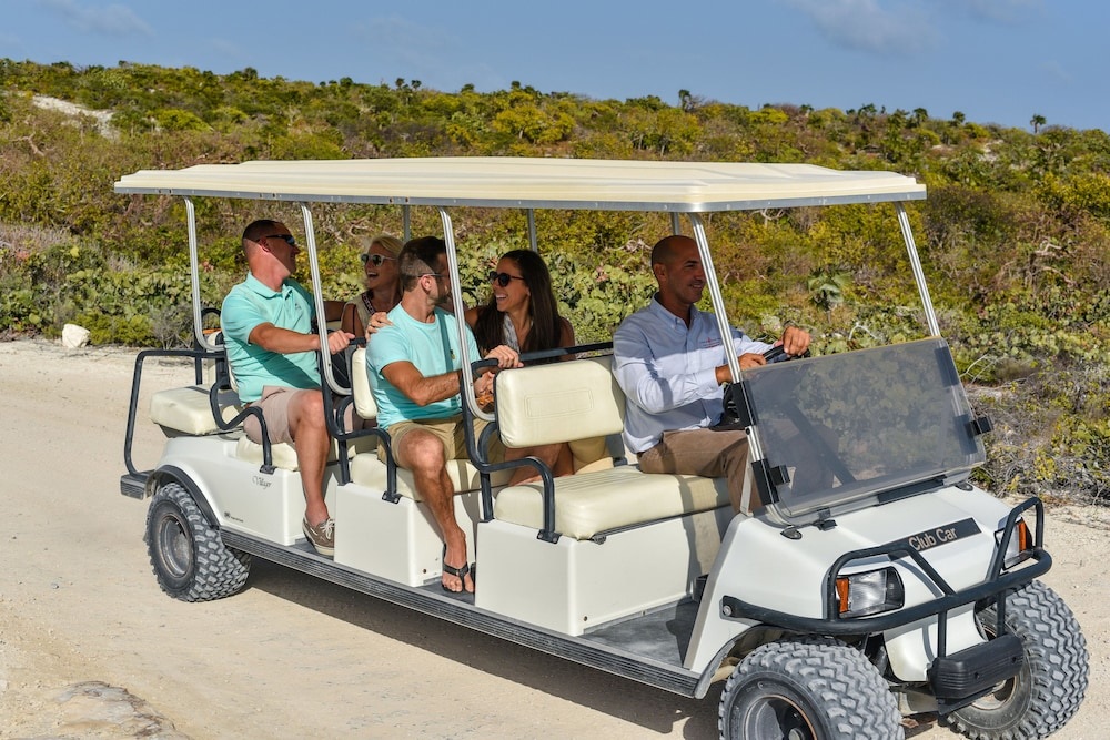 Airport Shuttle, Ambergris Cay – ALL-INCLUSIVE, Private Island, Air Transfers Included