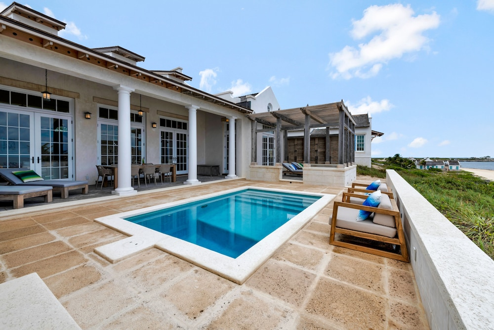 Pool, Ambergris Cay – ALL-INCLUSIVE, Private Island, Air Transfers Included