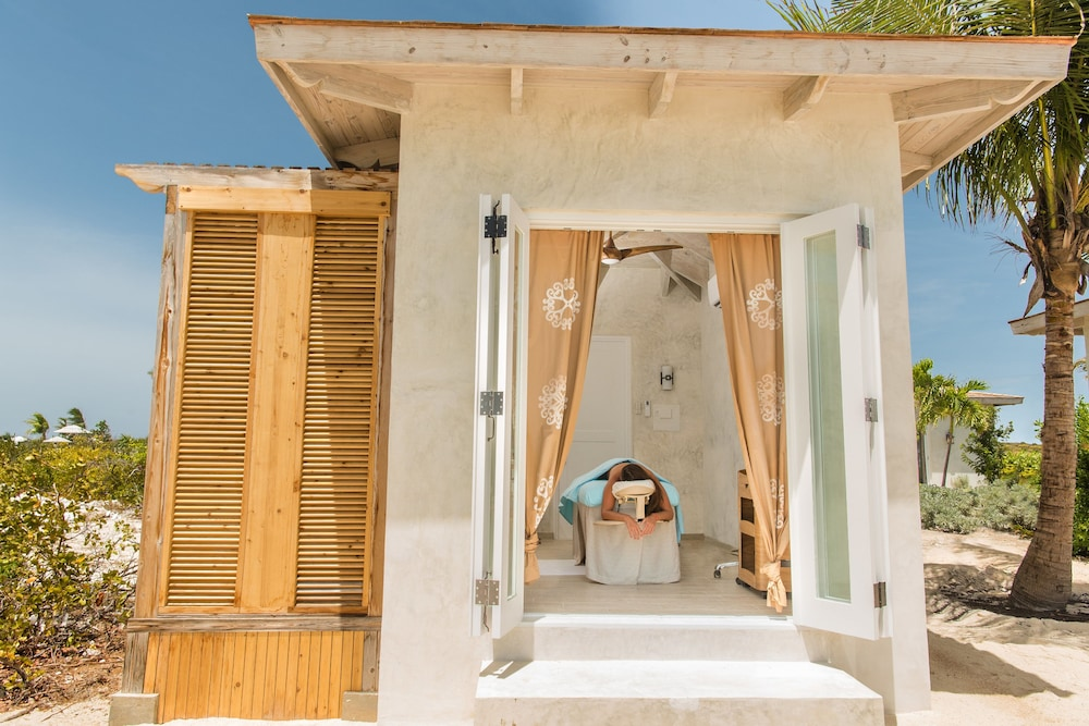 Treatment Room, Ambergris Cay – ALL-INCLUSIVE, Private Island, Air Transfers Included