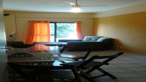 Furnished Apt, Well Located, Near the Beach, Terrace, Pool and Barbecue Grills