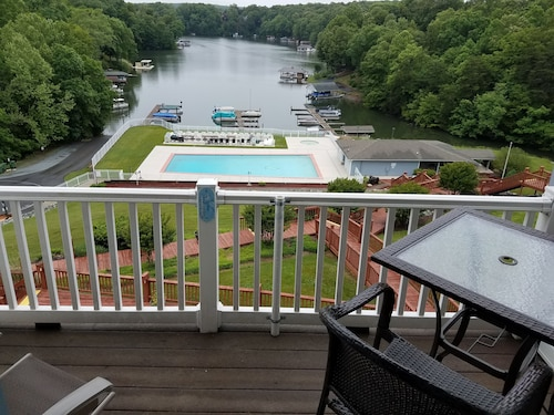 Special -pristine Waterfront Penthouse Condo at Sml- On Site Boat Slip Available