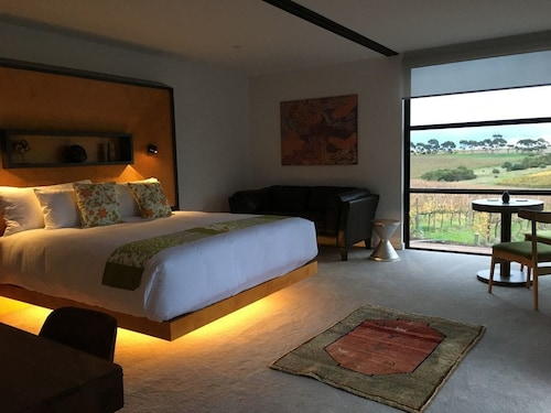 Luxury Vineyard Suites