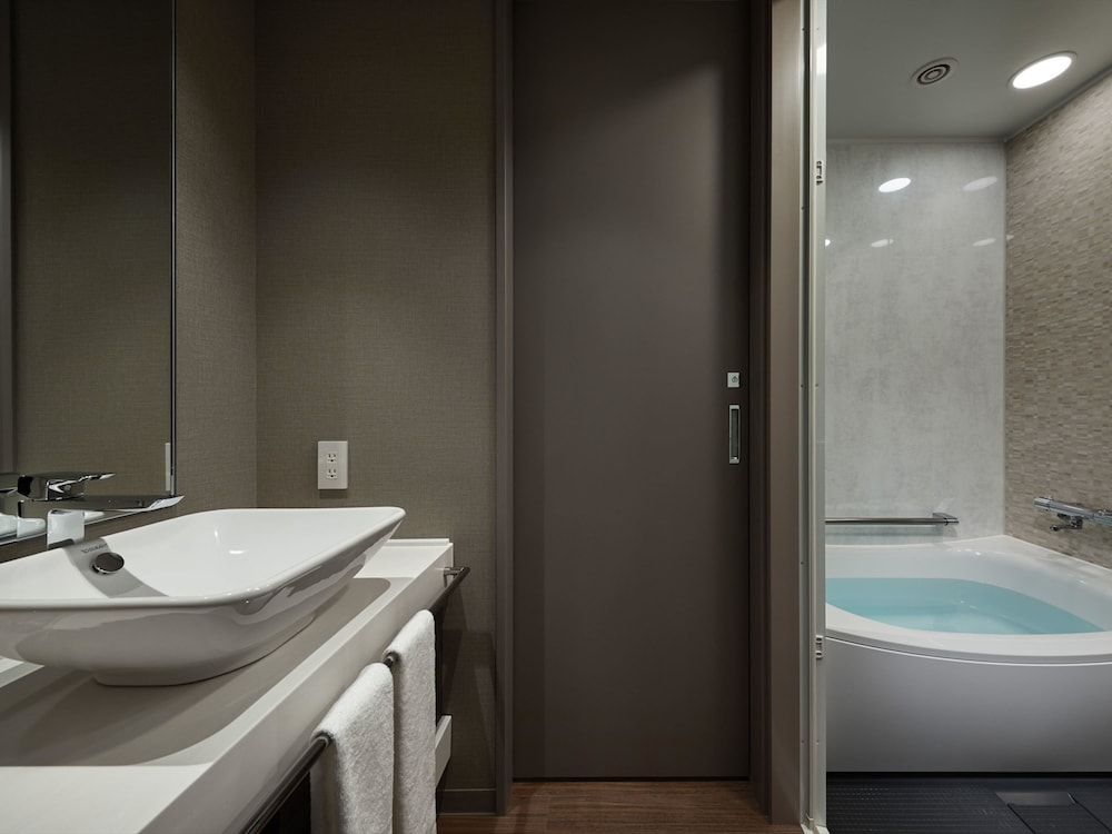 Bathroom, Hotel Vischio Kyoto by GRANVIA