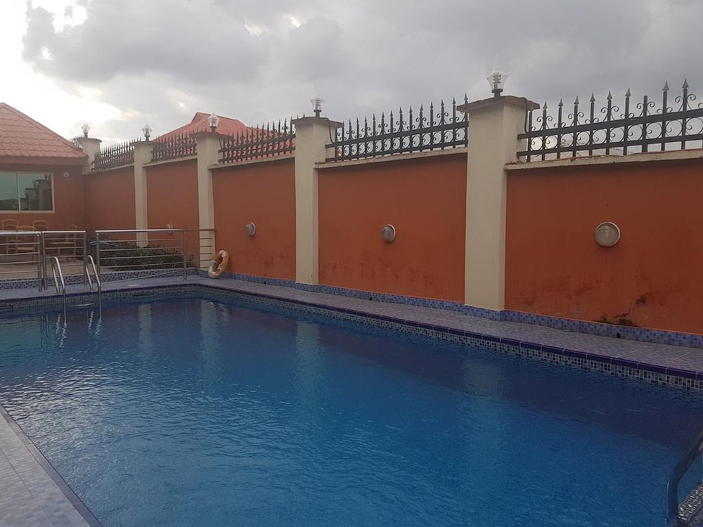 Outdoor Pool, Hallmark Suites - Abeokuta