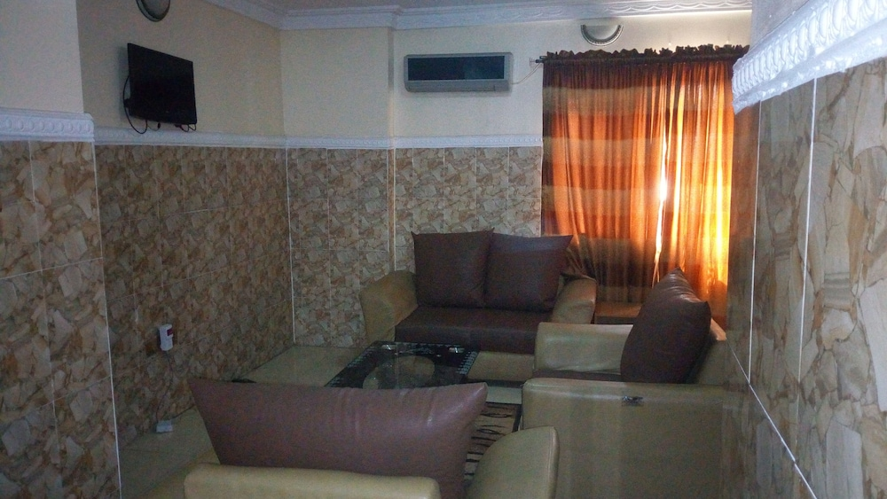 Living Room, Jam-Bed Hotel and Suites Abeokuta