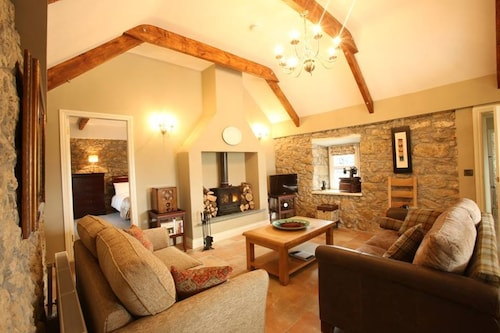 An Area of Outstanding Natural Beauty, Child and pet Friendly , Very Private!