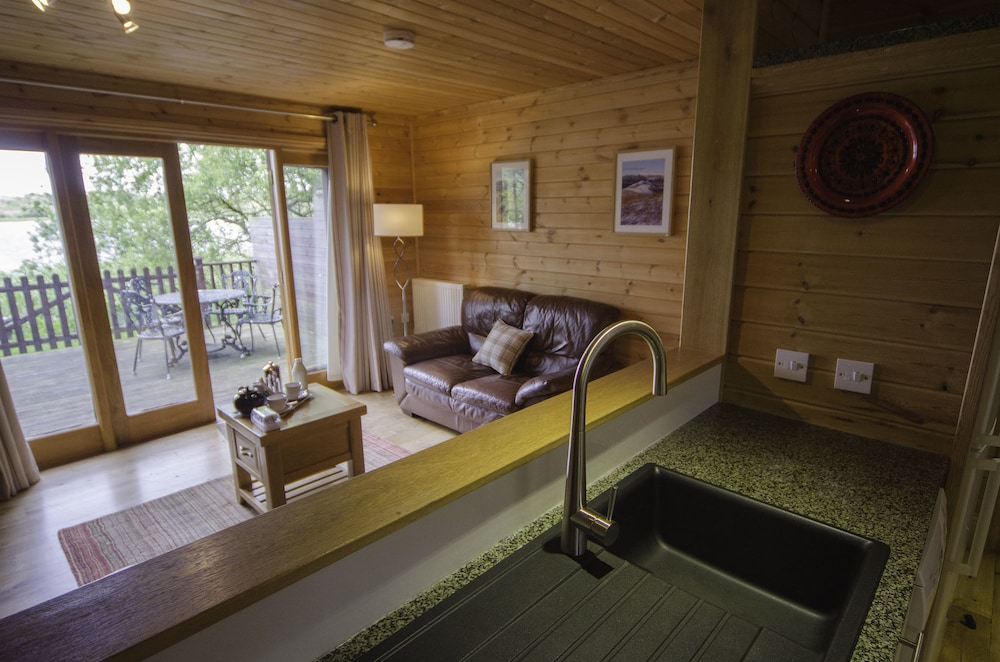 Living Area, THE TRANQUIL OTTER