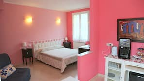 1 bedroom, down duvet, in-room safe, individually decorated