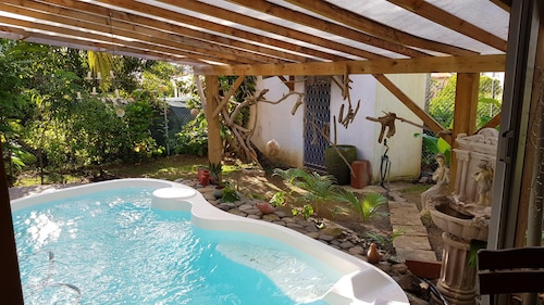 Apartment With one Bedroom in Le Lamentin, With Shared Pool, Enclosed Garden and Wifi - 9 km From the Beach