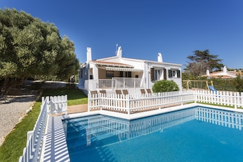 Villa de Lujo MFS con piscina y wifi