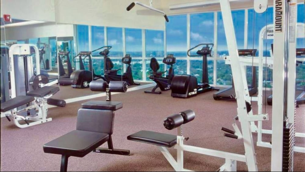 Gym, Balcony Ocean View Wifi - Pool - Gym - Parking !