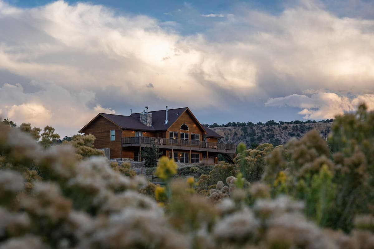 Sky View 4br 3ba Hot Tub Garage Prime Location Buena Vista Usa Expedia Fr