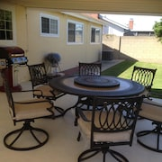 Spacious Home Close to Disneyland, Beaches, & Restaurants. Central Location!