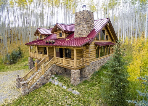 Colorado Luxury Log Home of Your Dreams in the Aspens off the Grid