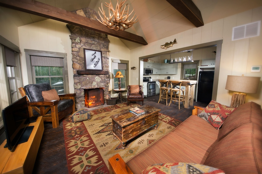 Living Area, Big Cedar Lodge