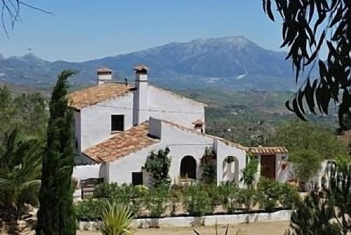 Large Andalucian Farmhouse, Stunning Views, Pool & Gardens,close to Natural Park