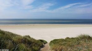 Tæt på stranden