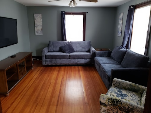 Off Downtown Middletown Apartment
