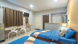 Egyptian cotton sheets, premium bedding, blackout curtains, free WiFi