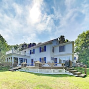 Renovated 5br W/ Sunroom & Water-view Deck 5 Bedroom Home