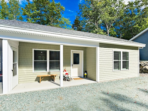 Great Place to stay Bar Harbor Cottage 2 Bedrooms 1 Bathroom Cottage near Bar Harbor