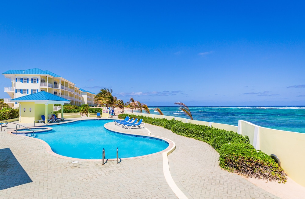 Pool, Magnificent Ocean Views- 2 Bedroom Beachfront Condo at The Reef Resort?