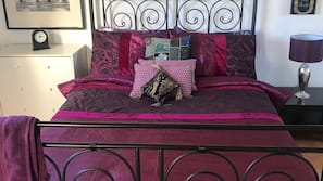 4 bedrooms, individually decorated, individually furnished