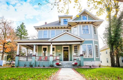 4 Bedrooms 2 Bath All New Historical Home In The Heart Of Springfield, MO