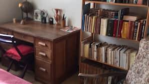 3 chambres, fer et planche à repasser, draps fournis