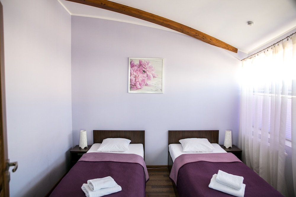 City Aparthotel Reviews Photos Rates Ebookers Ie