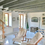 Mansion With 2 Bedrooms in Miniac-morvan, With Enclosed Garden and Wifi