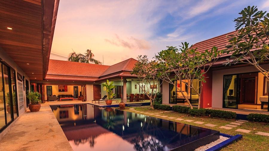 Villa Frangipani by Lofty