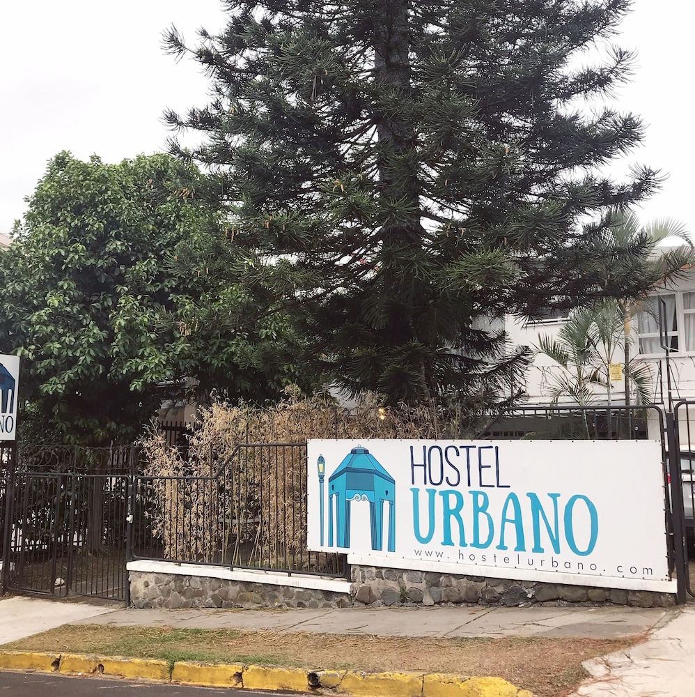 Hostel Urbano Yoses In San Jose Hotel Rates Reviews On Orbitz