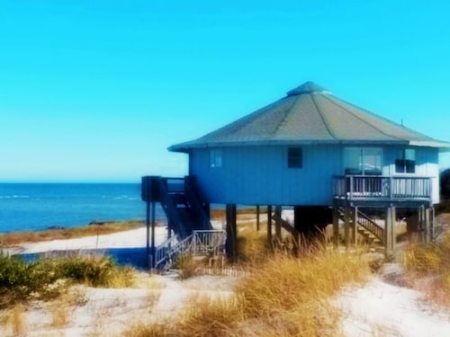 Great Place to stay Beach Paradise Tranquily Privacy 2.5 Miles Personal Pristine Virgin Beach near Cedar Island