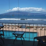 Spectacular View Oceanfront 1 Bedroom Condo at Lahaina, Maui: Direct From Owner
