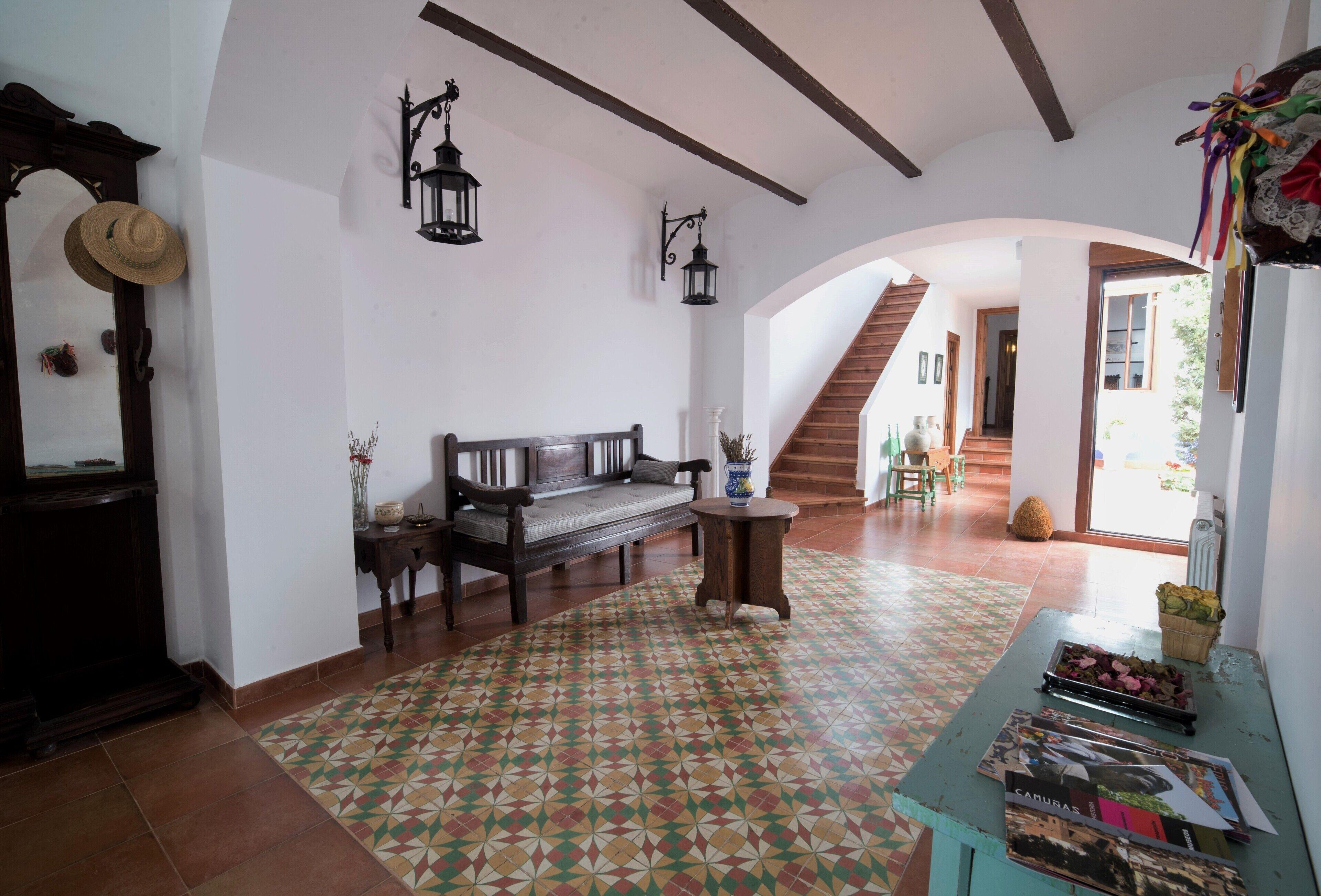 Casa Besana Is An Old Farmhouse Renovated In La Mancha Toledana Camunas Hotelbewertungen 2020 Expedia De