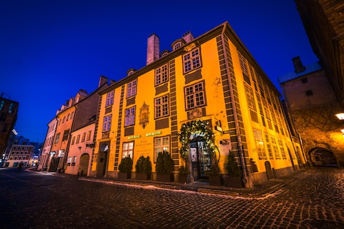 Latvia Hotels: Find Cheap Hotel Deals from £29 | ebookers.com