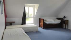 6 chambres, fer et planche à repasser, Wi-Fi