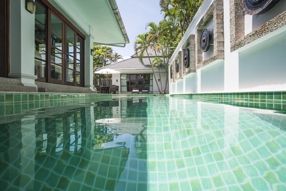 Beautiful 3 Bedroom Courtyard Villa With A Private Swimming Pool