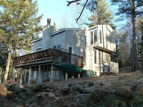 Great Place to stay NEW Listing! Newly Updated, Amazing, Spacious Mountain-side Lodge! near Campton