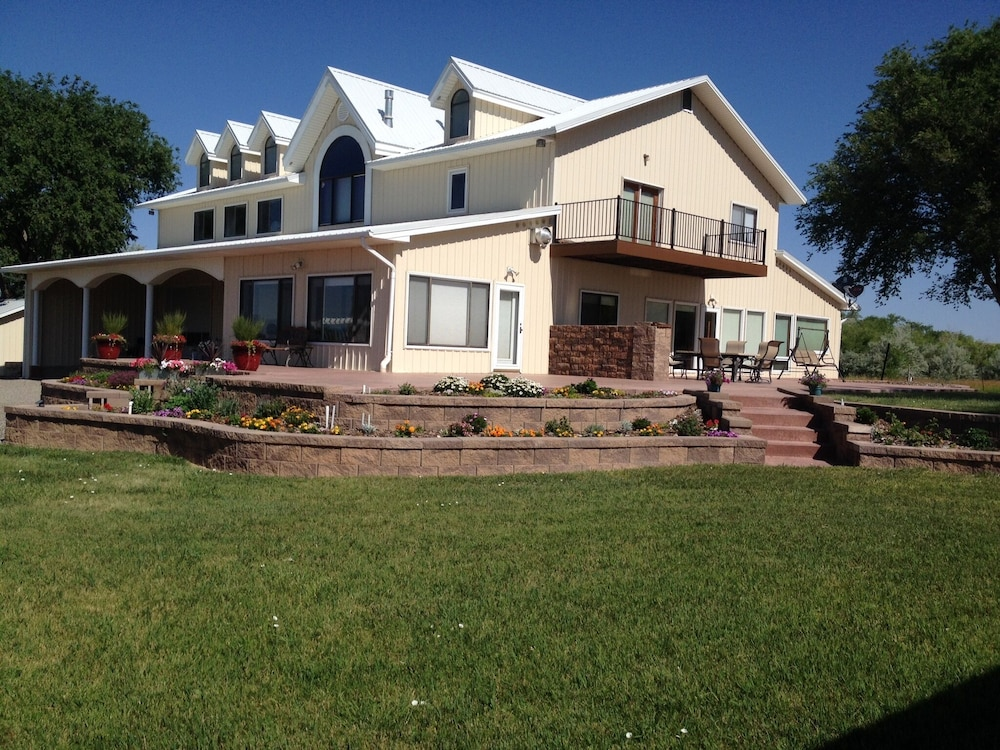 Quiet And Peaceful Surroundings In A Rural Setting And A Beautiful Home In Whitewater Hotel Rates Reviews On Orbitz