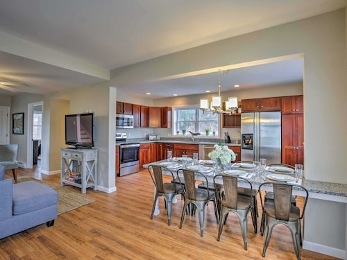 Check Expedia for Availability of Spacious Home W/patio - Walk to Downtown