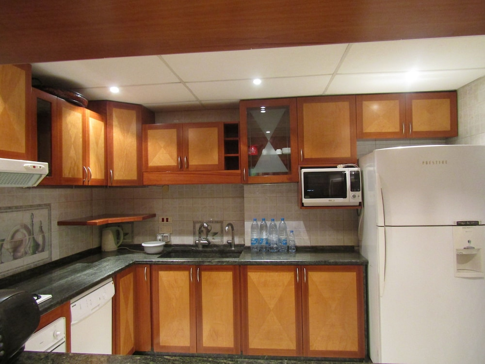 Private Kitchen, Siwar Center Apartments
