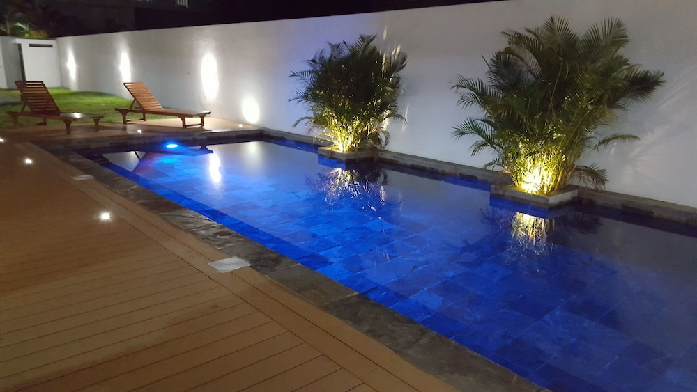 Blue Lagoon Flic en Flac (Flic-en-Flac) – 2019 Hotel Prices